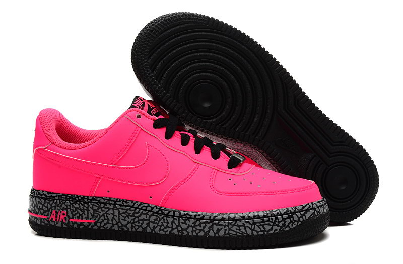 sports shoes cf8da 3e7b0 Basket Nike Air Force 1 Skate Rose et Noir Et Gris 596728-608 Chaussure  Femme